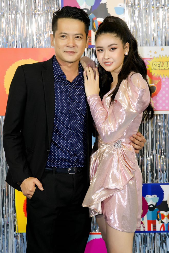 truong quynh anh goi cam tro lai ca hat sau on ao ly hon tim hinh anh 7
